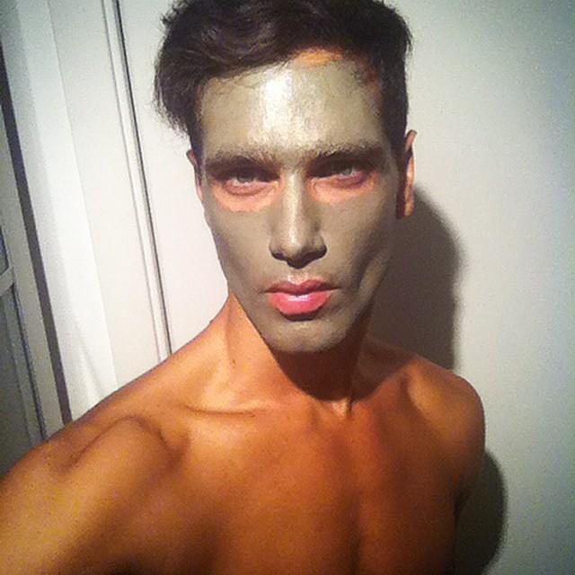 Fabio enjoys a face mask to keep those pores nice and clean.
