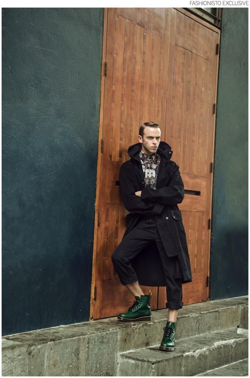 Murillo wears coat Mancandy, shirt Paloma Lira, pants Adidas and boots Dr Martens.