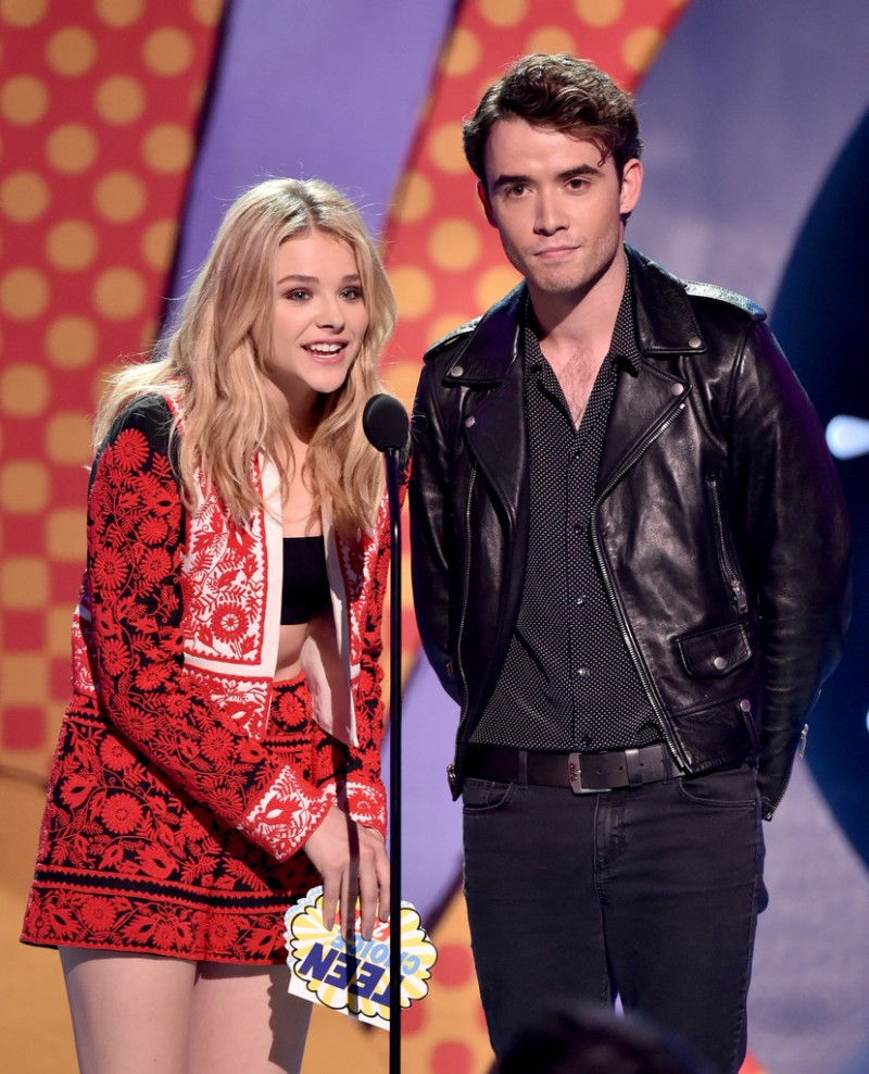 Presenting an awards with his 'If I Stay' co-star Chloë Grace Moretz, actor Jamie Blackley got the leather memo, wearing a leather biker's jacket, skinny black jeans and a micro polka dot black dress shirt