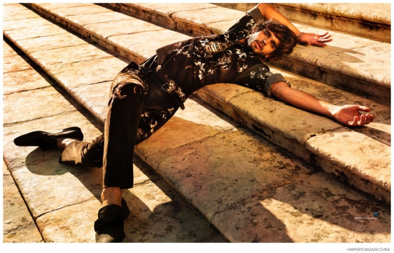 Marlon-Teixeira-Harpers-Bazaar-China-September-2014-Photos-008