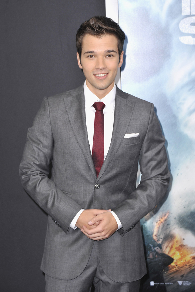 Nathan Kress Has A Gray Amp Burgundy Suiting Moment In J