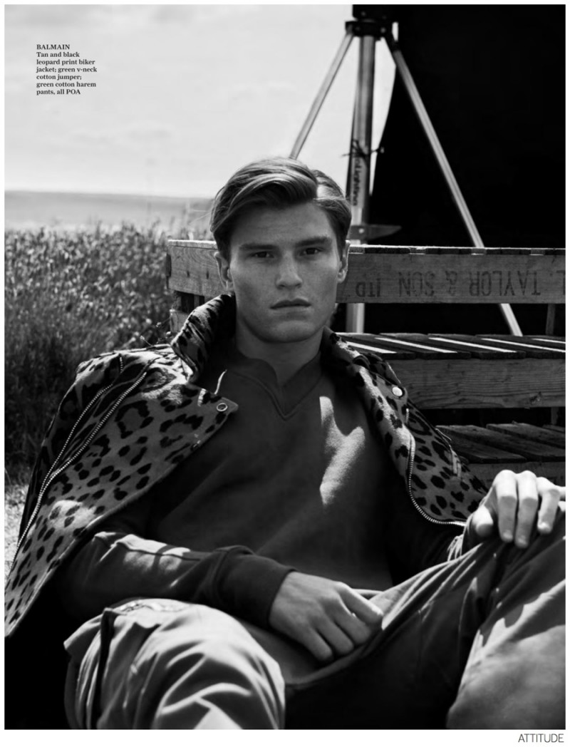 Oliver-Cheshire-Attitude-September-2014-Issue-Photos-003