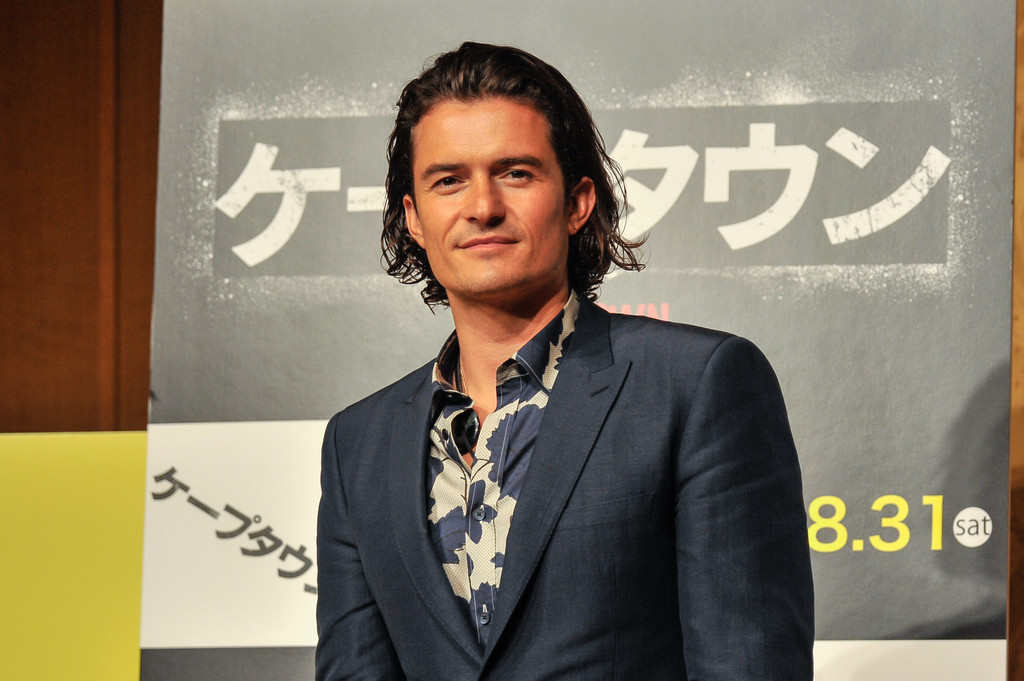 Orlando Bloom Wears Burberry to 'ZULU' Japan Premiere