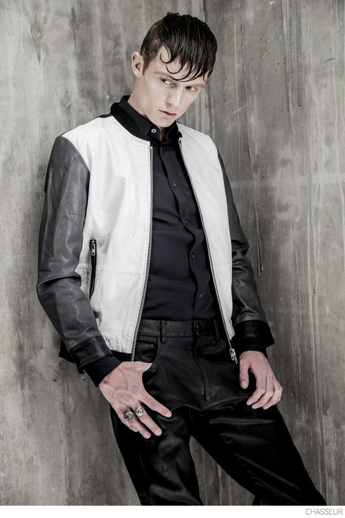 Robin-Van-der-Krogt-Model-Denim-Jeans-Leather-Jackets-Editorial-Style-004