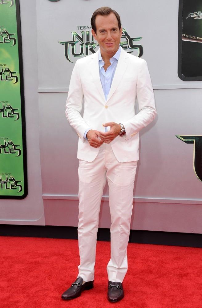 f7aa9b1318f Will Arnett Wears White Salvatore Ferragamo Suit to 'Teenage Mutant ...