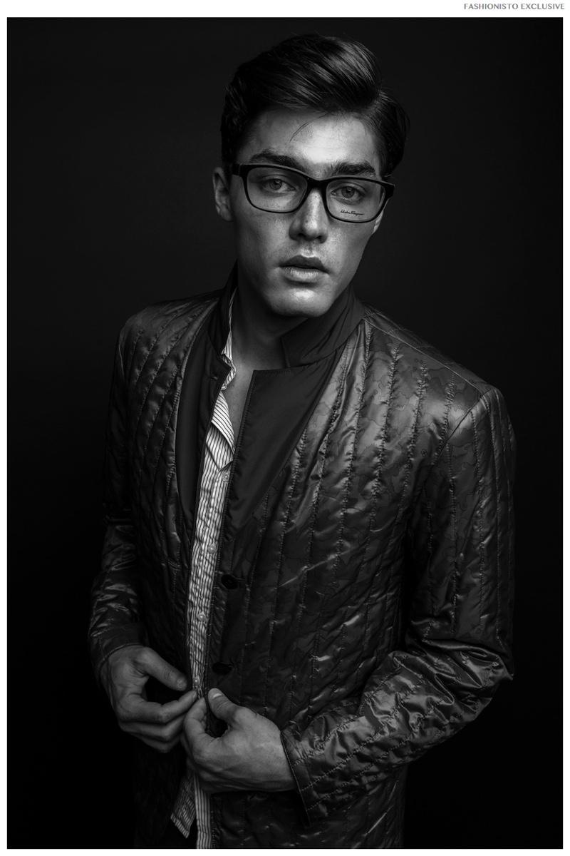 Isaac wears top Frank & Eileen, jeans Eddie Bauer, jacket Victorinox and glasses Salvatore Ferragamo.