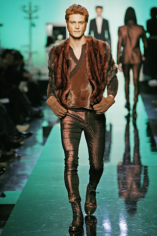 Fall 2007 Jean Paul Gaultier Champions The Hairdresser With Chicly Coifed Models And Leggings