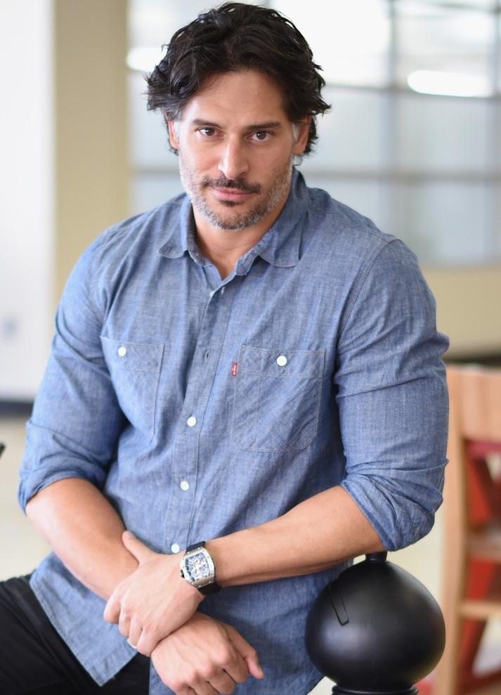 Joe Manganiello Wears Levi's Chambray Shirt to Savannah Film Festival