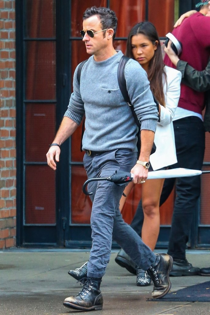 Justin Theroux Plays It Casual in Acne Studios Sweater with Buttoned Pocket