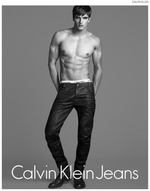 Matthew-Terry-Calvin-Klein-Jeans-Fall-Winter-2014-Campaign-002