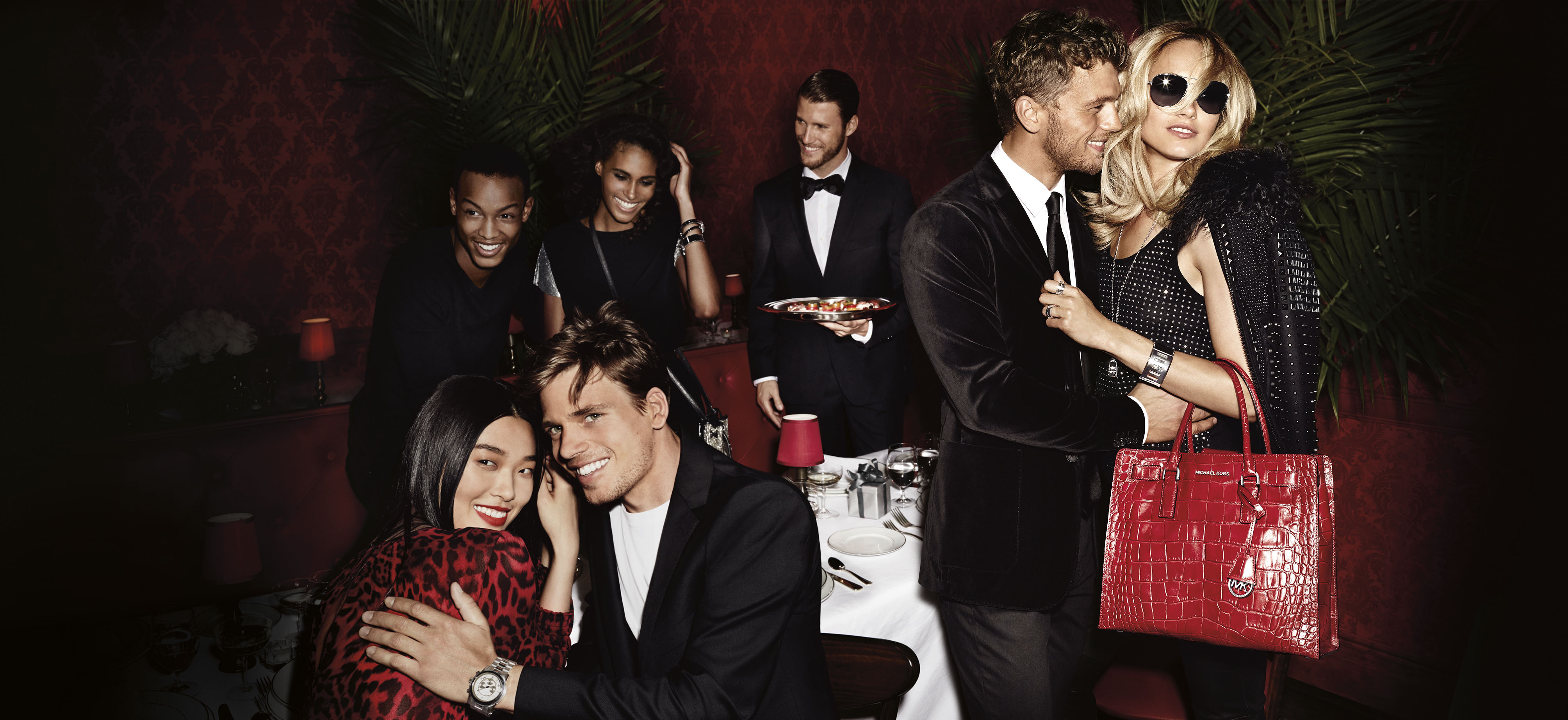 Fashion style Kors michael holiday campaign for lady