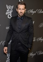 A dapper vision in Gucci, actor Ryan Reynolds attended Angel Ball 2014 on October 20th in New York City. Hitting the red carpet, Reynolds charmed in a Gucci Made to Order 'Marseille' tuxedo, that really shined with a silk navy bow-tie.
