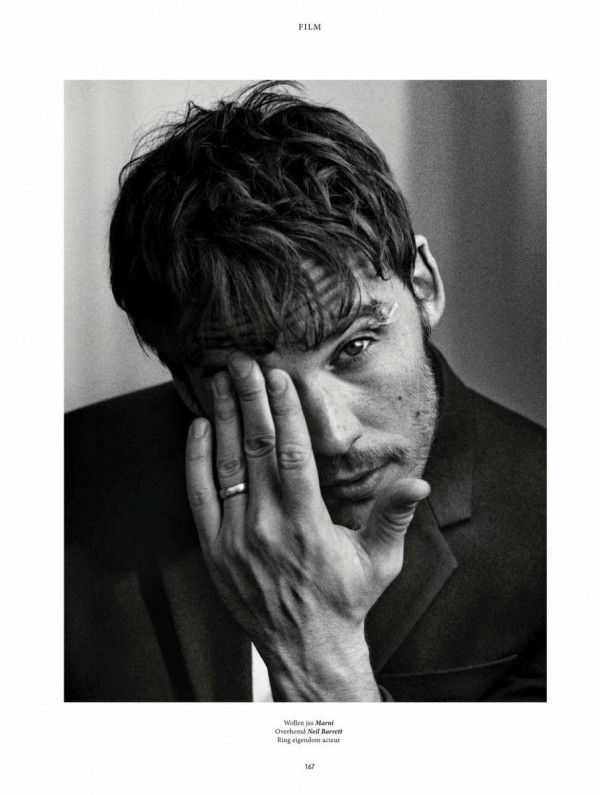 Sam-Claflin-LOfficiel-Hommes-Netherlands-Photo-Shoot-003