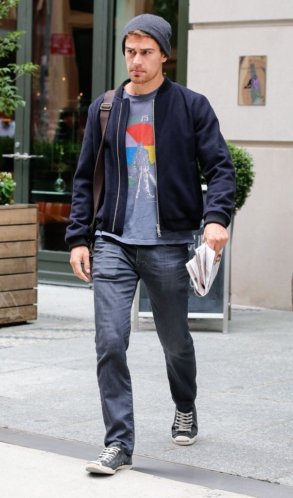 Style Watch: Theo James' New York Stroll