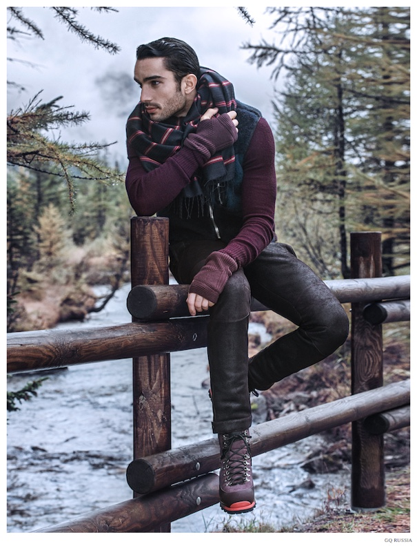 Andre-Costa-GQ-Russia-December-2014-Louis-Vuitton-Feature-005