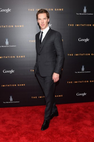 Attending the November 17th New York City premiere of his latest movie, 'The Imitation Game', actor Benedict Cumberbatch cleaned up in a three-piece micro-tonal print suit from Italian fashion label Dolce & Gabbana.