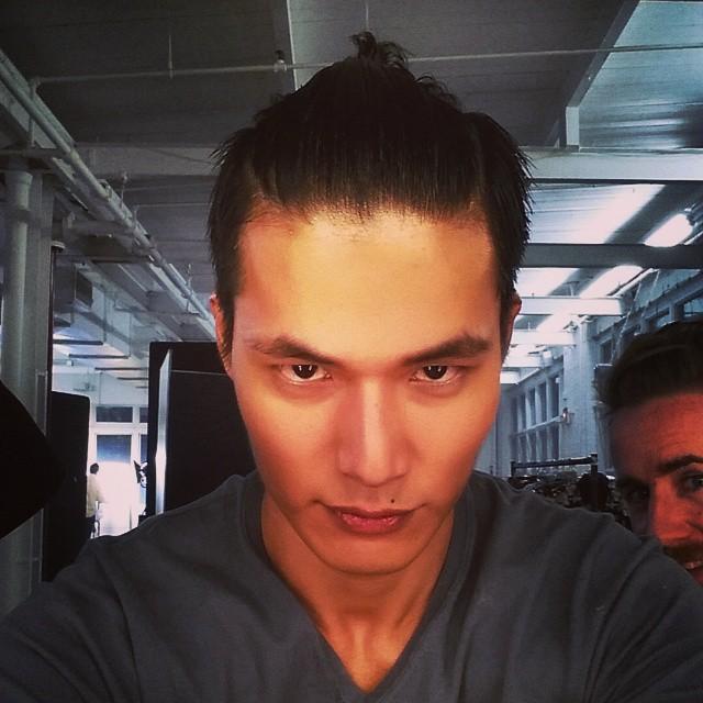 Dae Na shows us his 'Samurai' hairdo