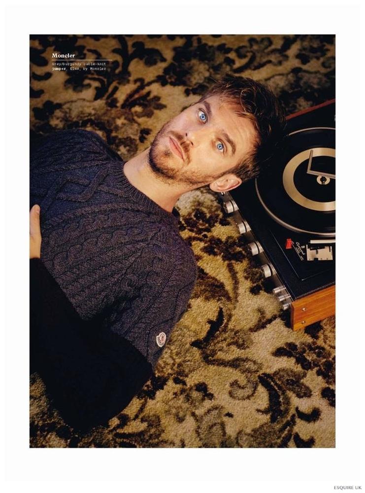 Dan Stevens Stars in Esquire UK December 2014 Knitwear Photo Shoot