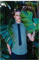 Bryton wears shirt Topman and tie RDX.