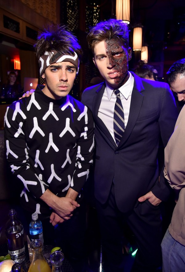 Nolan Gerard Funk poses for a photo with Joe Jonas who was Derek Zoolander for Halloween.