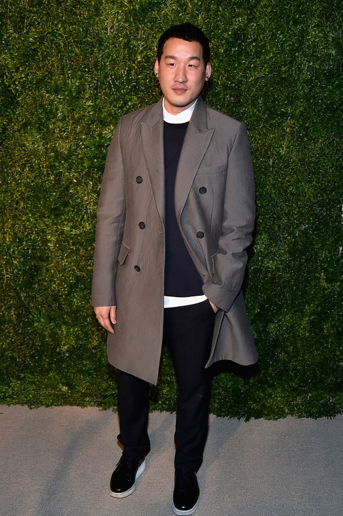 Richard Chai, Luke Evans, Jon Kortajarena + More Attend CFDA/Vogue Fashion Fund Awards