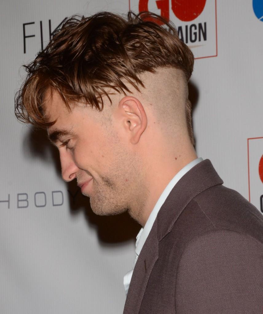 Robert Pattinson Debuts Weird New Haircut