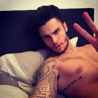 Baptiste Giabiconi wishes his followers a great evening.