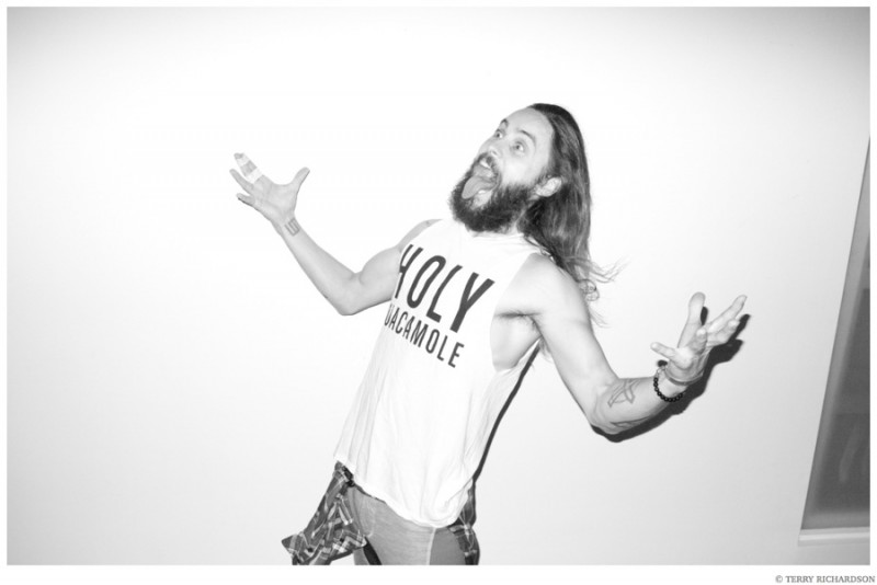 Jared-Leto-Terry-Richardson-Christmas-Photo-Shoot-2014-006