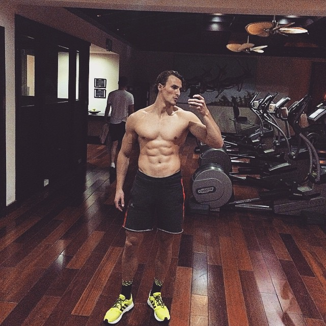 Dawid Schaffranke hits the gym