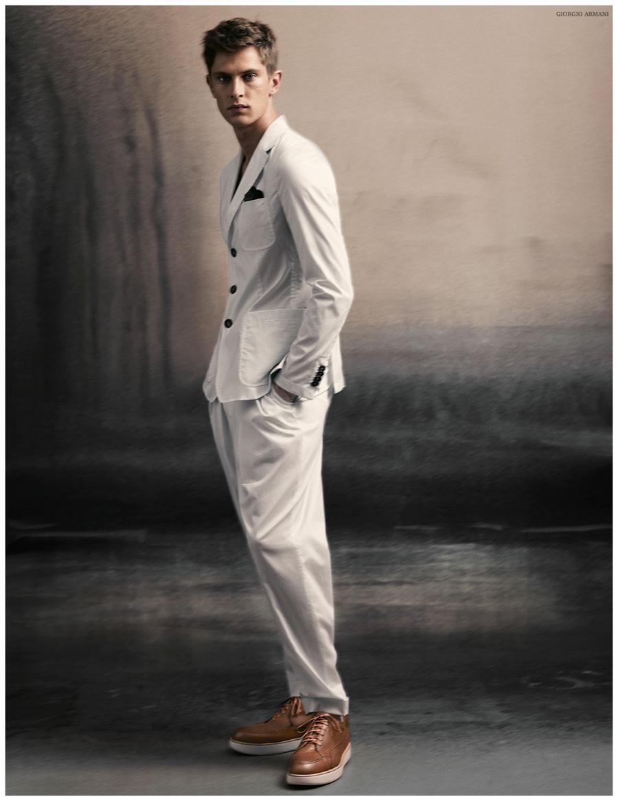 fb29a677e4bb Giorgio Armani Highlights Soft Tailoring for Spring Summer 2015 Men s  Campaign