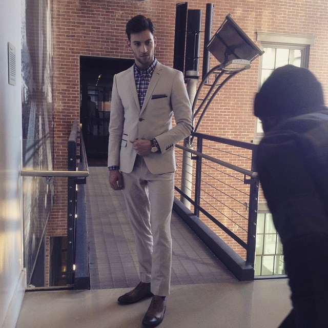 Jonathan Sampaio shares a behind the scenes image from a new shoot
