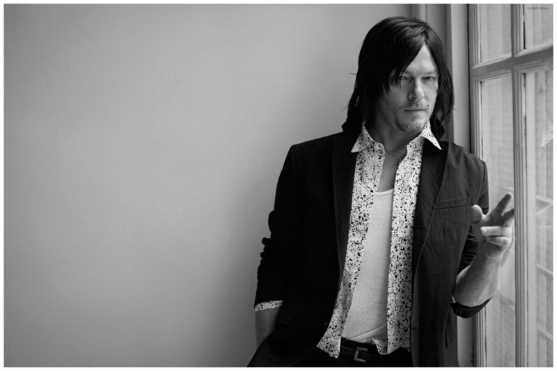Norman-Reedus-LUomo-Vogue-2015-Shoot-007