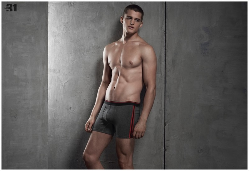 Silvester-Ruck-Underwear-Loungewear-Spring-2015-Simons-Shoot-003