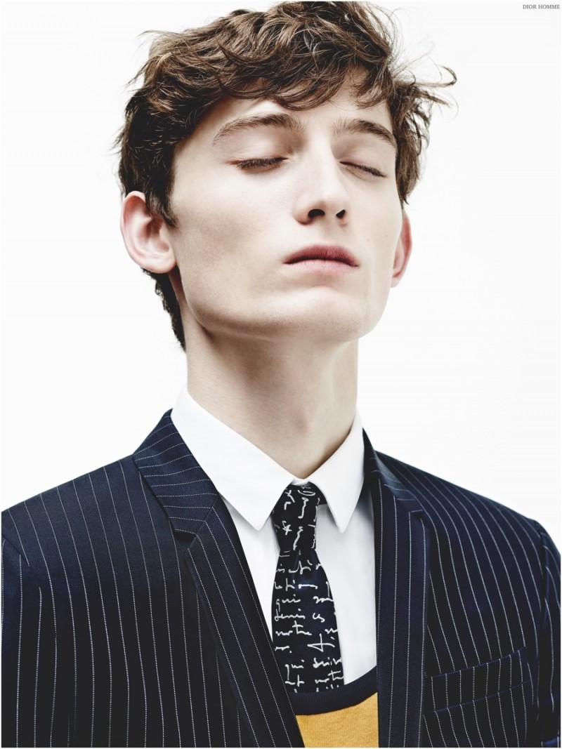 Dior-Homme-Essentials-Spring-2015-Menswear-Suits-Stripes-001