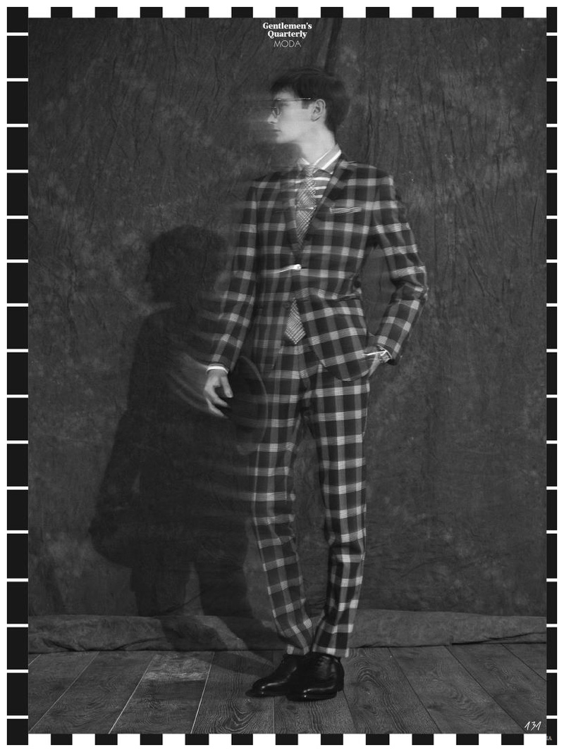 GQ-Italia-Striped-Mens-Spring-2015-Fashions-Editorial-Shoot-004