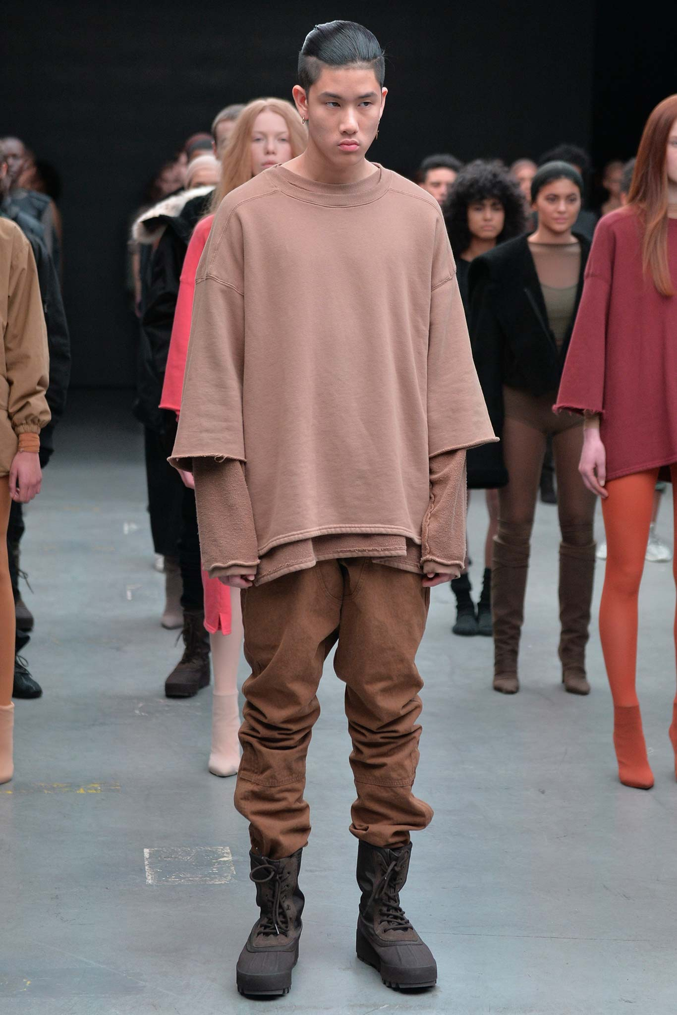 4e7981bf3eb8f Kanye West Adidas Collaboration: 'Yeezy Season 1' Collection | The ...