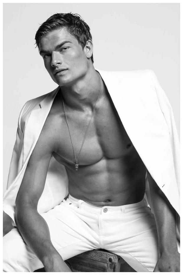 Portrait Aidan Anderson By Jon Wong The Fashionisto