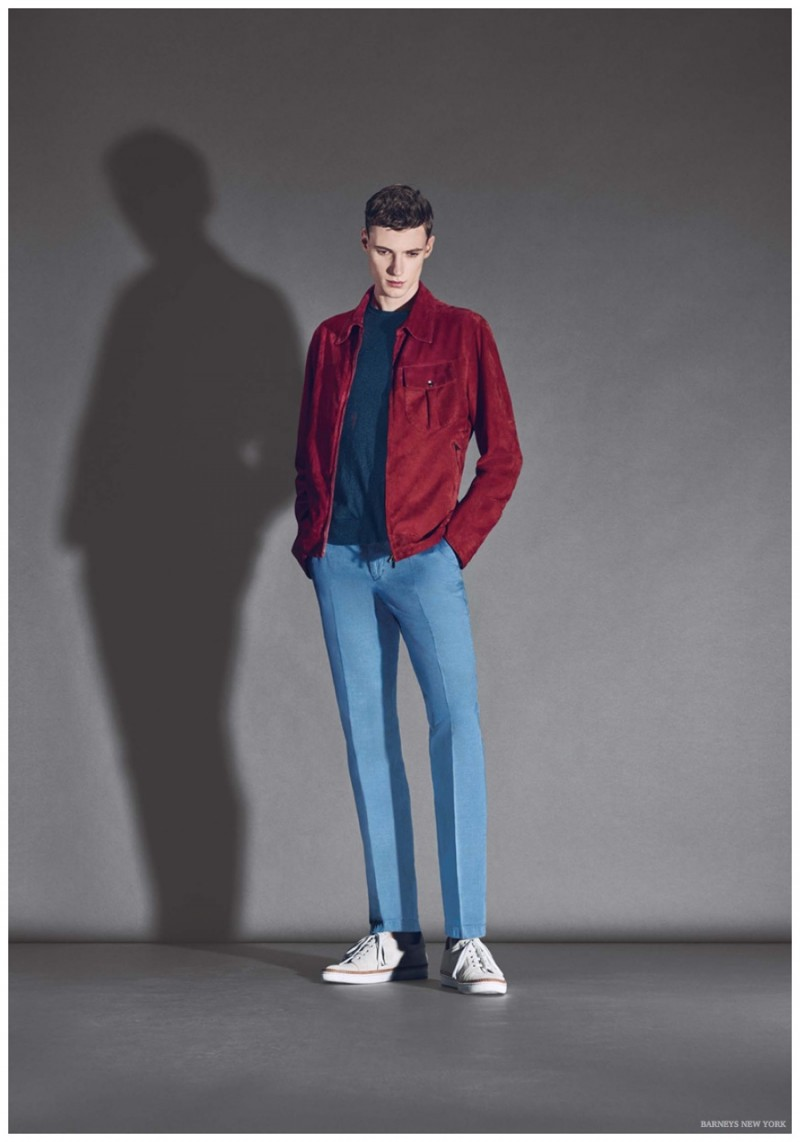 Tommaso de Benedictis sports a red and blue outfit from ISAIA.