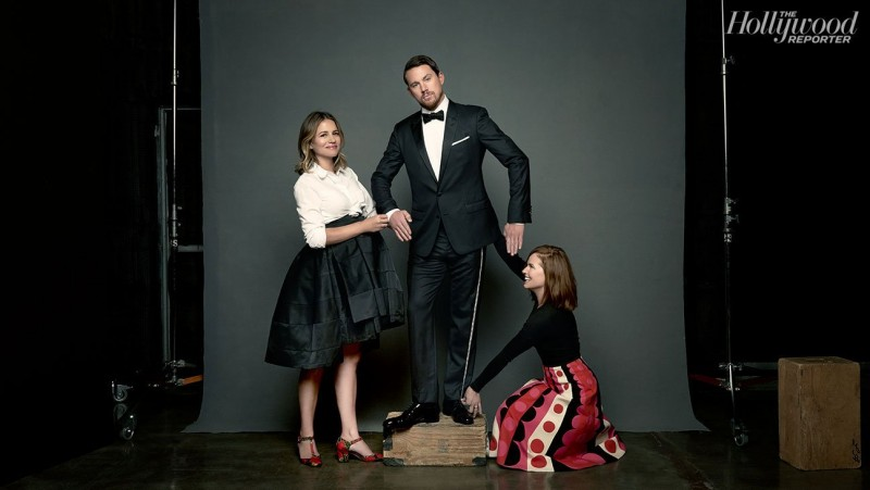 Channing Tatum poses with stylists and sisters, Wendi and Nicole Ferreira.