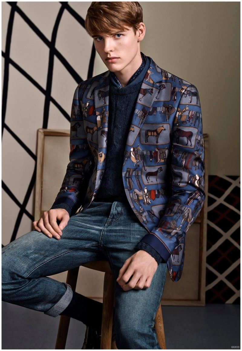 Offering a fun take on the blazer, the tailored jacket is adorned with prints.