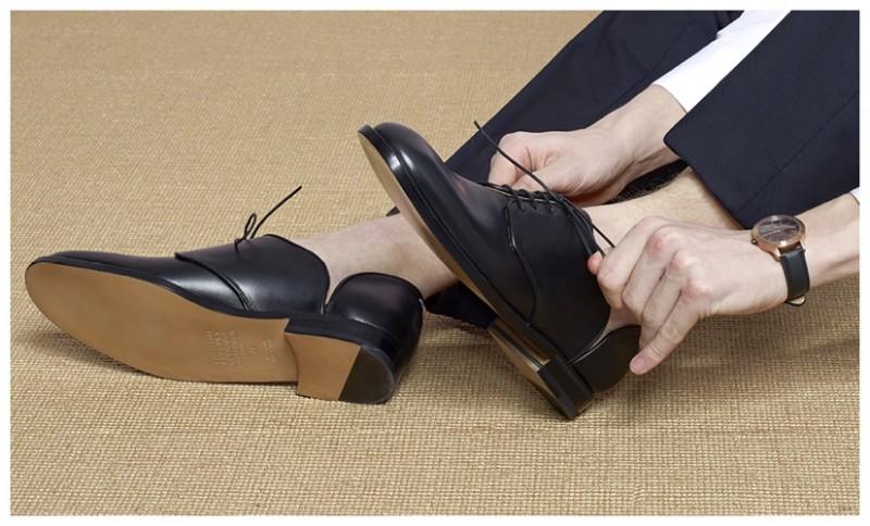 MARGIELA Leather Cut Out Shoes UNIFORM WARES 351 Series Watch MARGIELA Gabardine Trousers