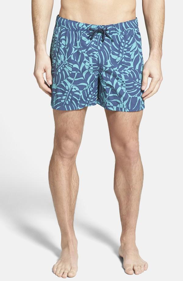 0f06cb75e6 Men's Swim Trunks 2015 Beach Styles | The Fashionisto