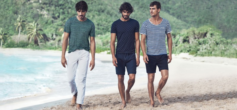 Andres, Marlon and Clément are casual in relaxed tees.