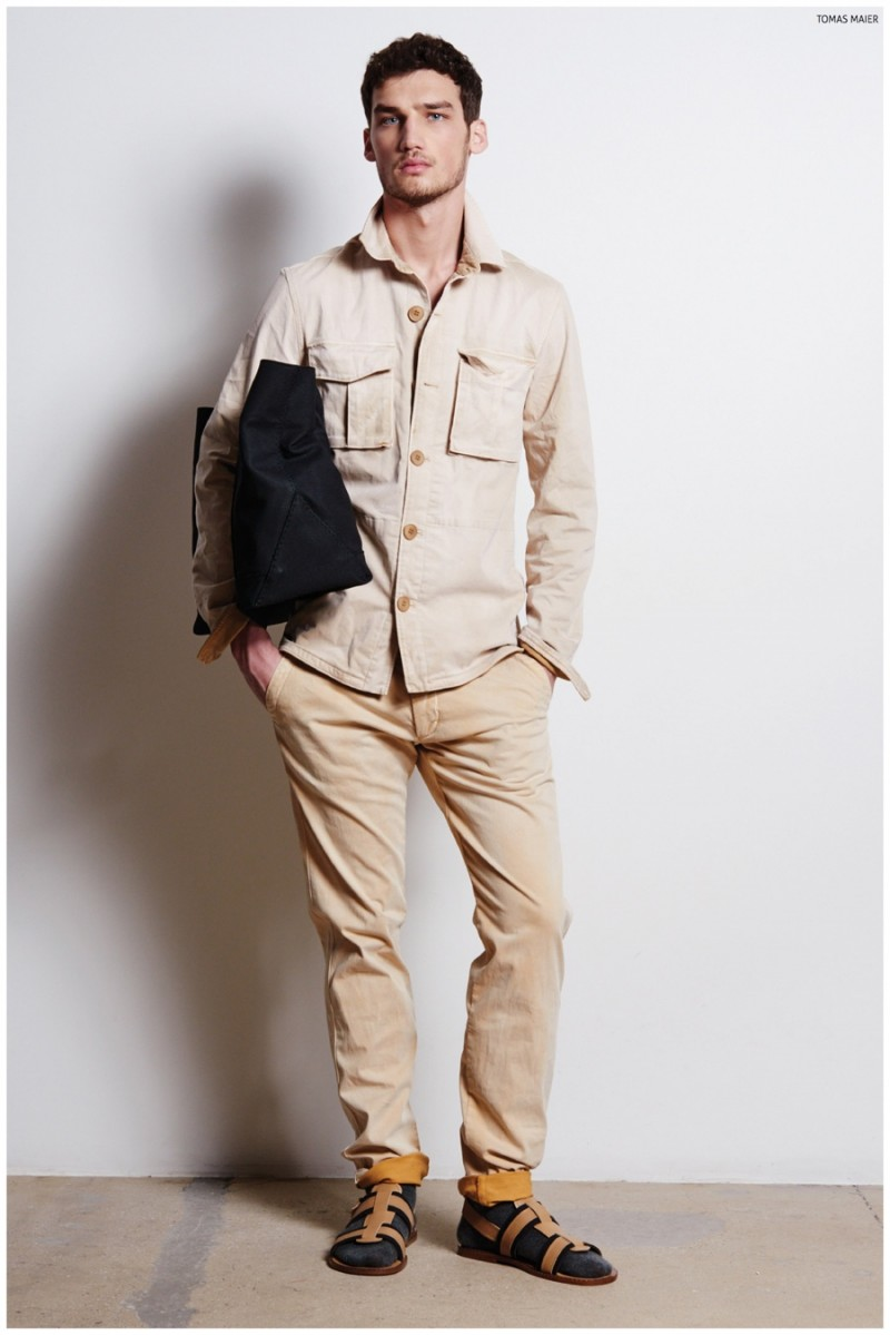 Misa is safari chic in a monochromatic outfit.
