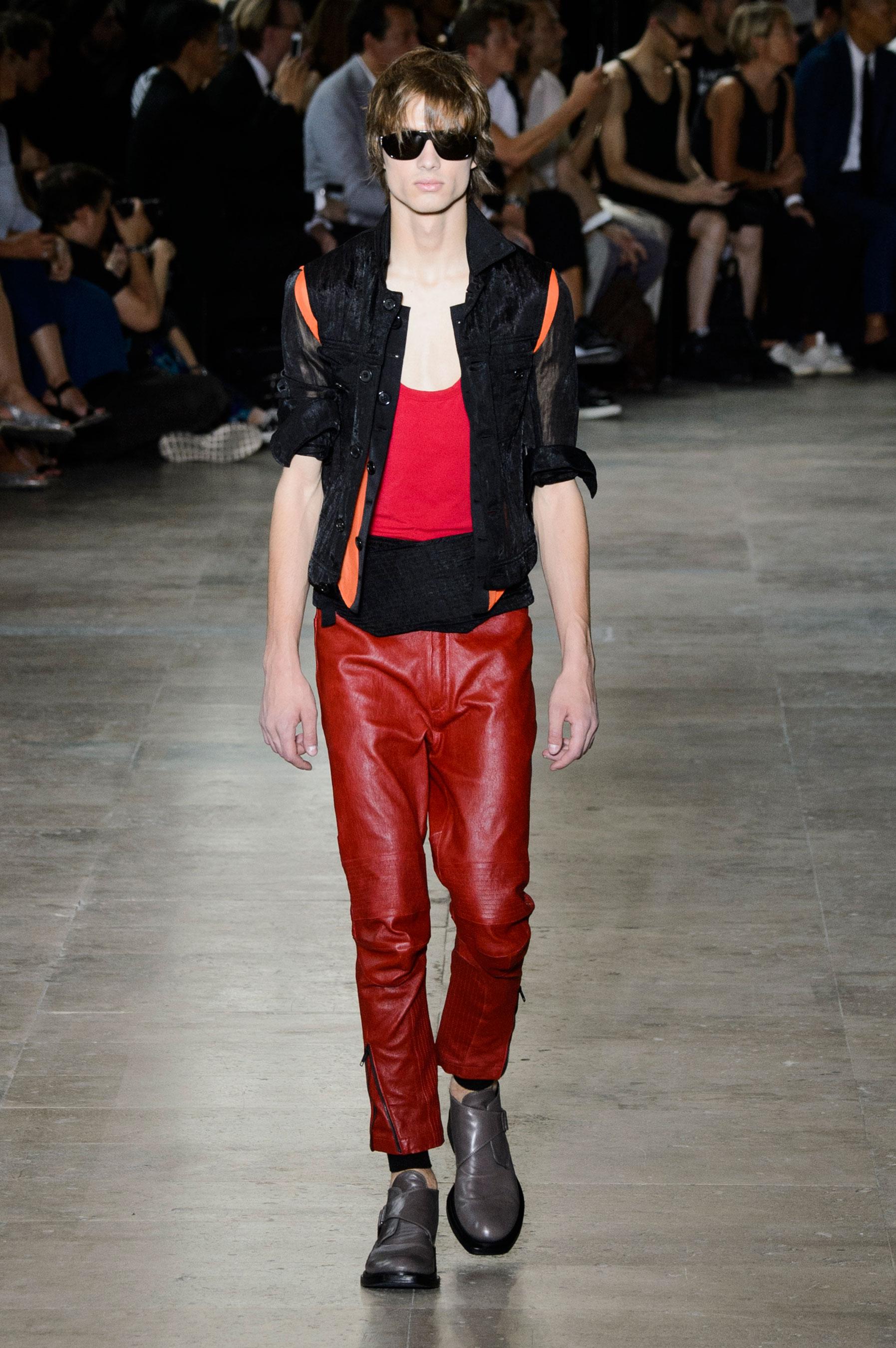 Ann Demeulemeester Spring/Summer 2016 Menswear Collection   Paris Fashion Week