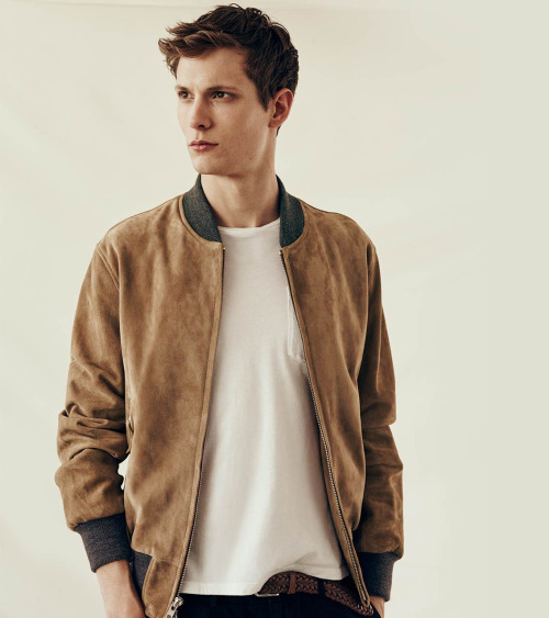 Club Monaco Does Casual Summer Style