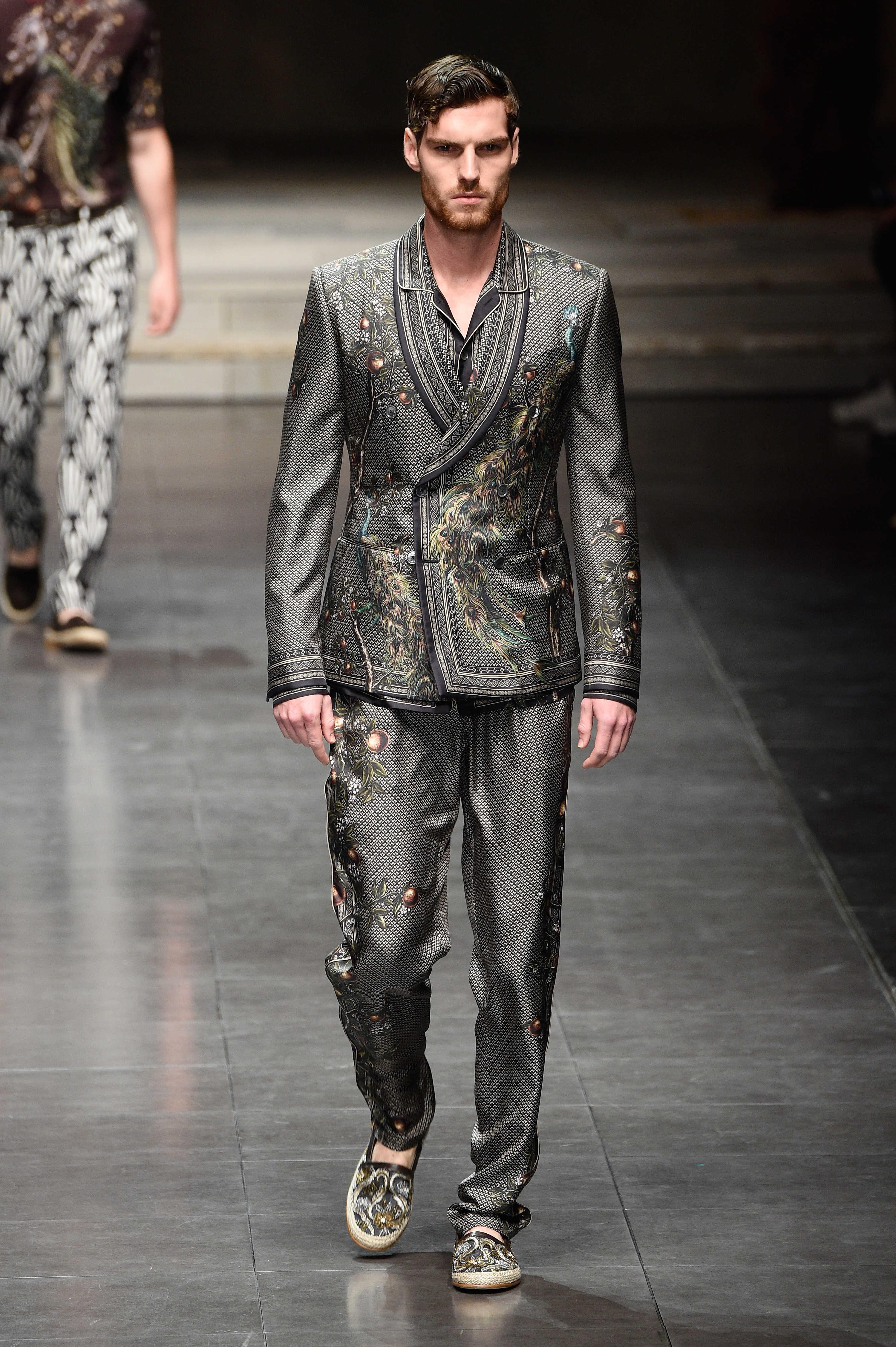 0ddd2ed2f3dd Dolce   Gabbana Spring Summer 2016 Menswear Collection