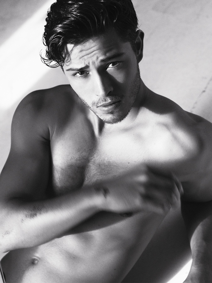 Francisco Lachowski poses for new portraits.