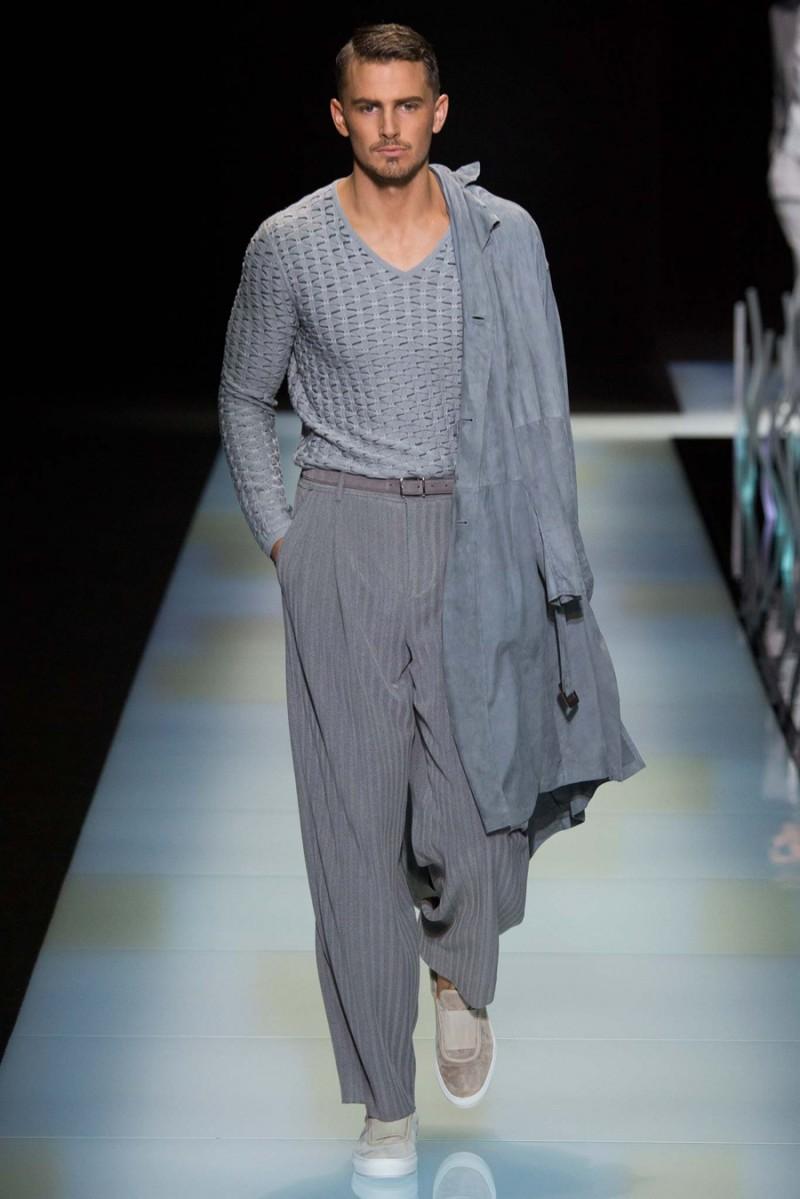 Giorgio-Armani-Spring-Summer-2016-Menswear-Collection-Milan-Fashion-Week-040
