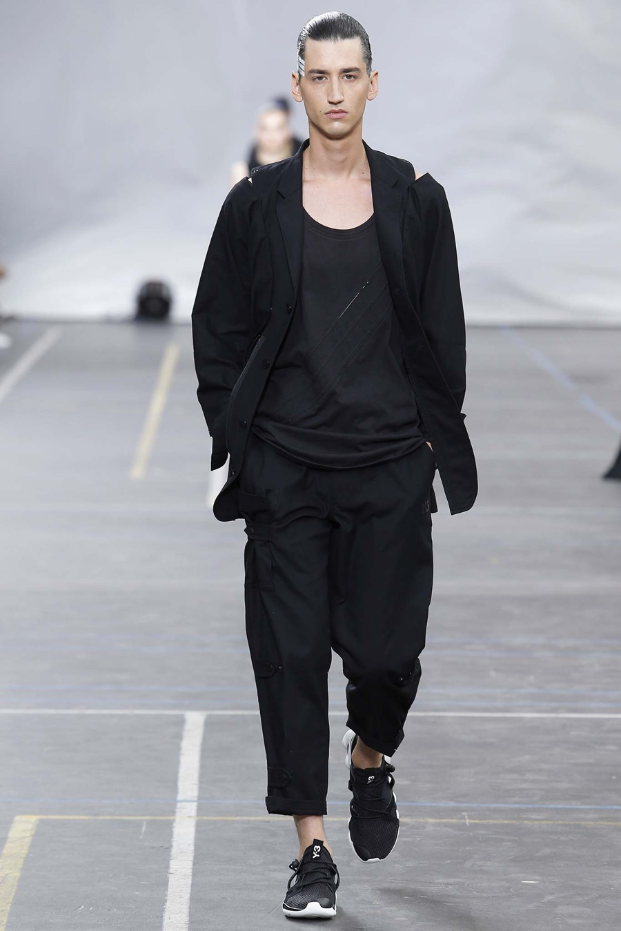 Y-3 Spring/Summer 2016 Menswear Collection | Paris Fashion Week